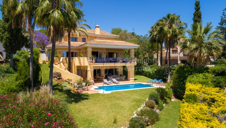 Attractive Villa in El Rosario