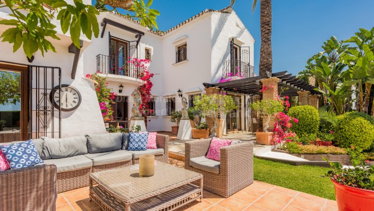 Villa in lovely setting - Villa for sale in Nueva Andalucia