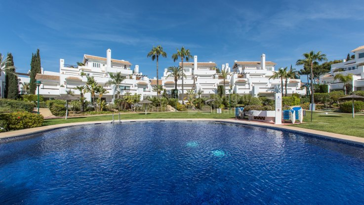 Beach and Golf: Garden Apartment in Reserva de Los Monteros - Ground Floor Apartment for sale in La Reserva de los Monteros, Marbella East