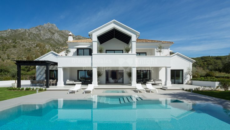 Marbella Golden Mile, Exceptional Home at Foothills of Sierra Blanca
