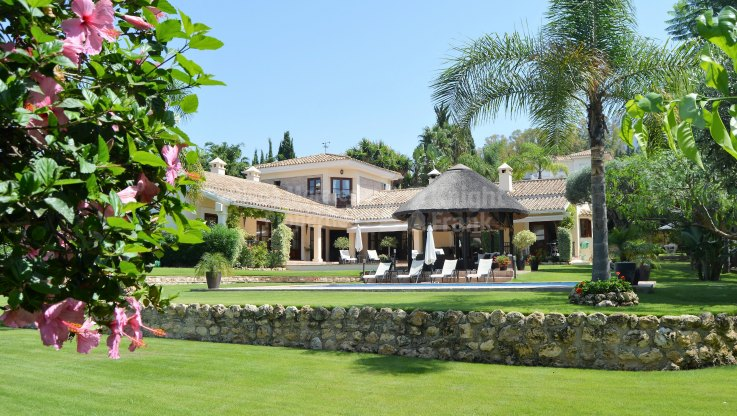 Cosy Family Villa in El Paraiso - Villa for sale in El Paraiso, Estepona