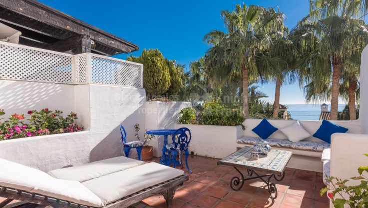 Marbella Golden Mile, Beachside Duplex Penthouse