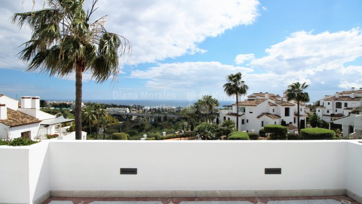 Marbella Golden Mile, Impressive Apartment with Sea Views