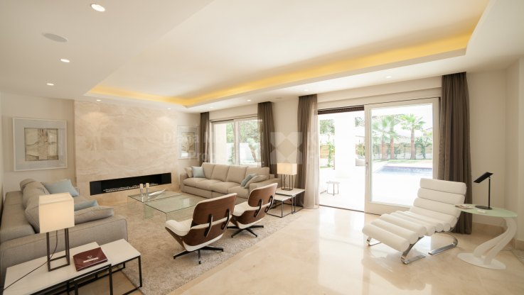 Villa in Prestigious Gated Urbanization - Villa for sale in Beach Side Golden Mile, Marbella Golden Mile