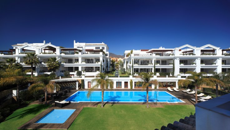 Estepona Playa, Modern Apartment in New Development