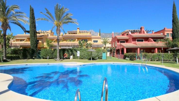 Marbella Golden Mile, Townhouse in Tranquil Residential Area