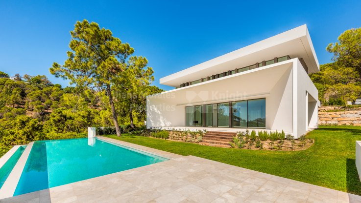 La Reserva de Alcuzcuz, Superb Contemporary Villa with Panoramic Sea Views