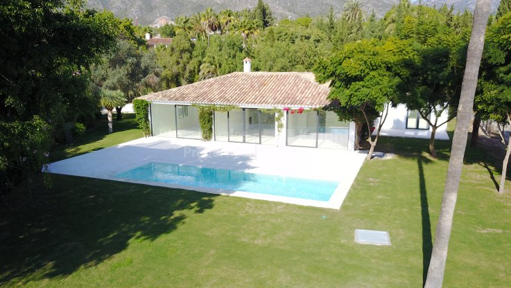 Great potential in the heart of Nagueles - Villa for sale in Nagüeles, Marbella Golden Mile