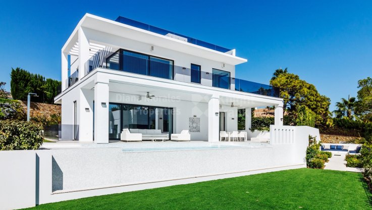 Marbella Golden Mile, Modern Villa in Marbella Golden Mile