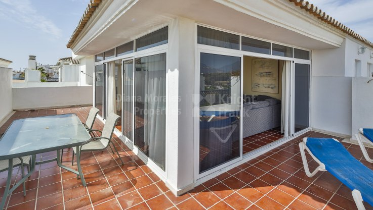 Penthouse in unbeatable location - Penthouse for sale in Marbella - Puerto Banus