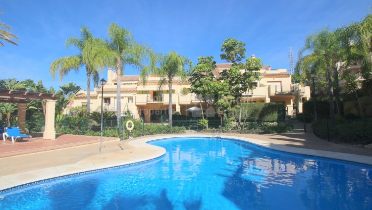 Lovely Townhouse - Town House for sale in Hacienda El palmeral, Nueva Andalucia