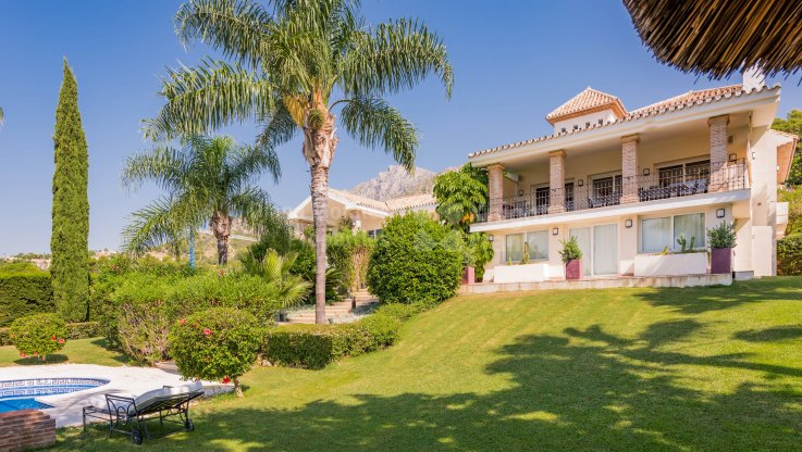 Outstanding Home in Marbella's Golden Mile - Villa for sale in Cascada de Camojan, Marbella Golden Mile