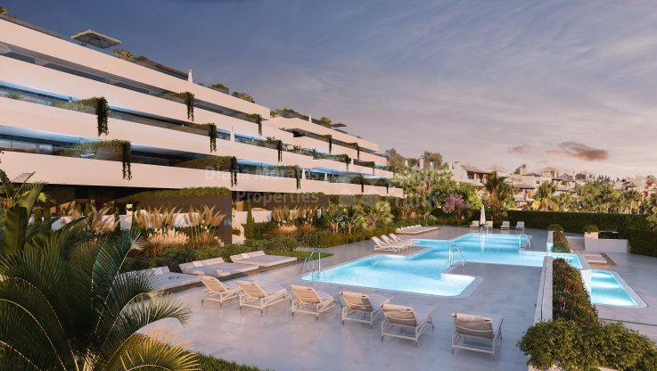 Estepona, Apartment under construction with private garden