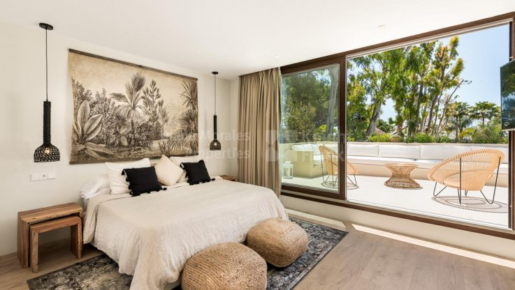 Contemporary Villa in Los Monteros - Villa for sale in Los Monteros, Marbella East
