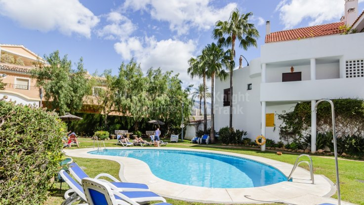 Nueva Andalucia, Convenient Location close to Puerto Banus