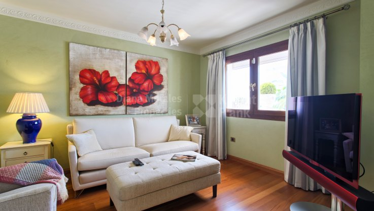 Classic Style House in Rocio de Nagüeles - Villa for sale in Rocio de Nagüeles, Marbella Golden Mile