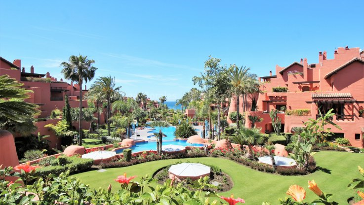 Fully Decorated Duplex Penthouse in Torre Bermeja - Duplex Penthouse for sale in Torre Bermeja, Estepona