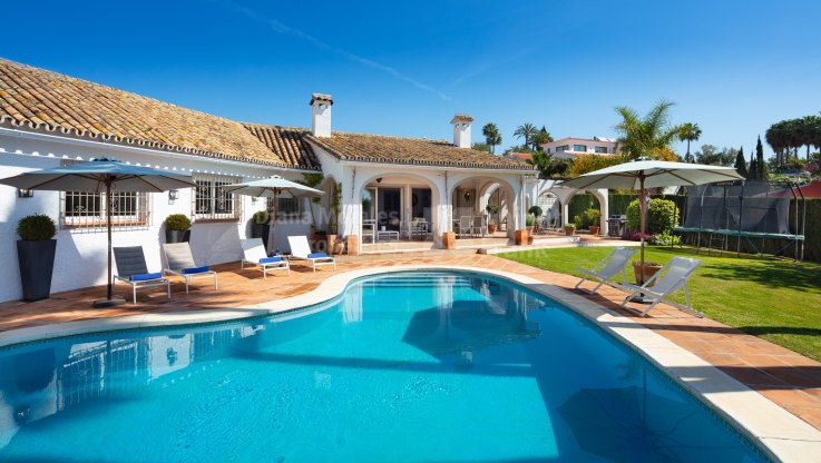 Villa with sea view in El Rosario