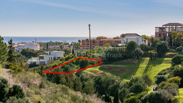 Los Flamingos, Frontline golf plot with sea views