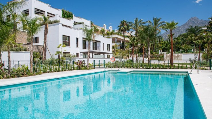 Las Lomas del Marbella Club, Nice penthouse on two levels in prestigious área