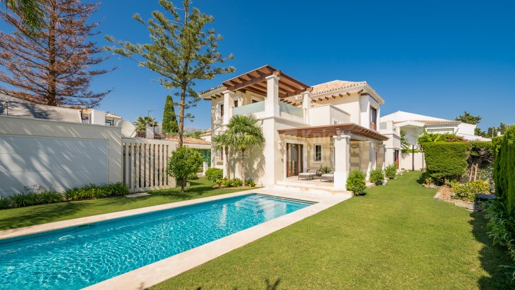 Casablanca, Stylish beachside villa in sought-after location