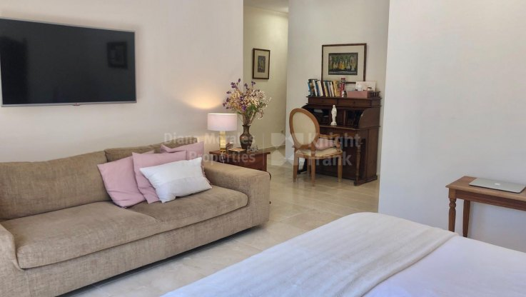 Villa close to the beach all in one floor - Villa for sale in Paraiso Barronal, Estepona