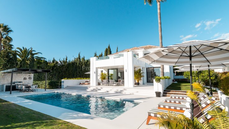 Los Naranjos Golf, Fabulous Villa with sea and golf views