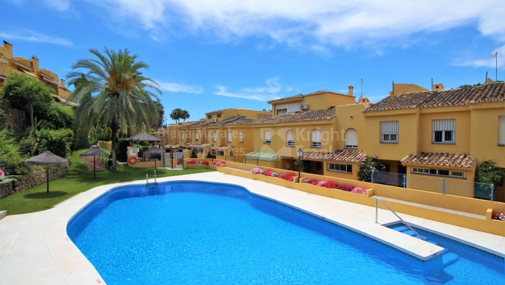 Marbella Golden Mile, Townhouse in Guadalpark