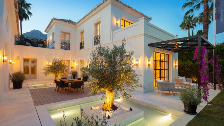 Rocio de Nagüeles, Exquisite design for a 5-bedroom villa