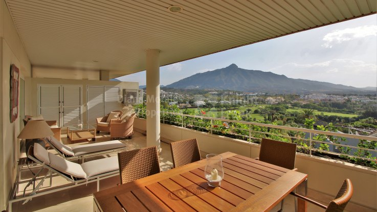 Two bedroom apartment in La Corniche