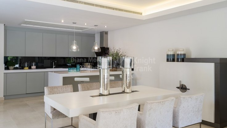 Villa in the centre of the town - Villa for sale in Marbella Centro, Marbella city