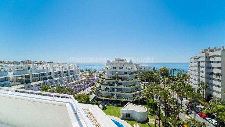 Spectacular duplex penthouse in the best address in Marbella town - Duplex Penthouse for sale in Marbella Centro, Marbella city