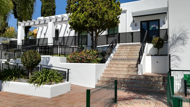 Commerce à vendre à La Meridiana, Marbella Golden Mile