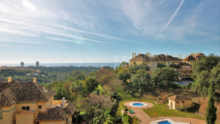 Elviria Hills, First floor apartment with stunning views