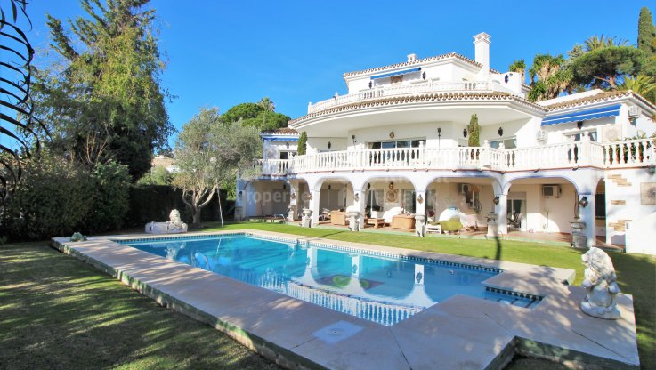 Paraiso Alto, Villa with sea views