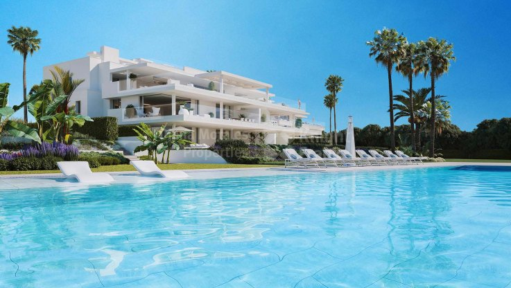 Estepona Playa, Beachfront ground floor apartment