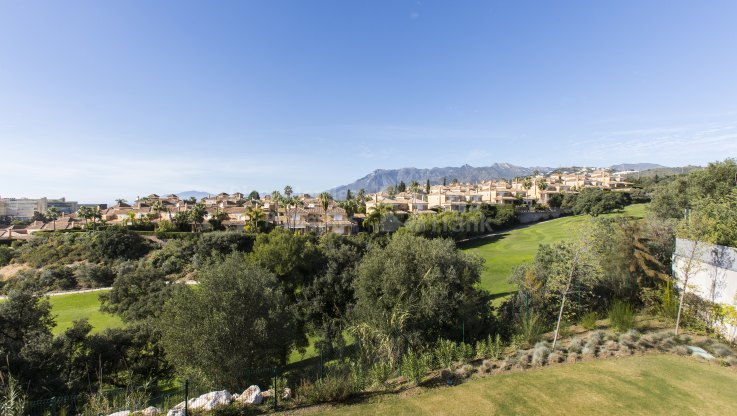 Modern style villa with sea views - Villa for sale in Santa Clara, Marbella East