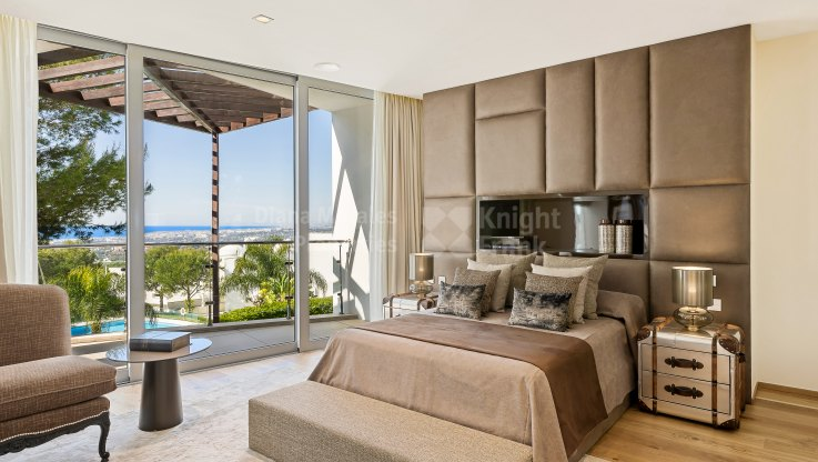 Modern architecture in Sierra Blanca - Semi Detached Villa for sale in Sierra Blanca, Marbella Golden Mile