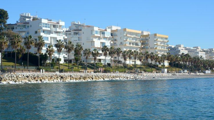 Marbella Centro, Property on the beach