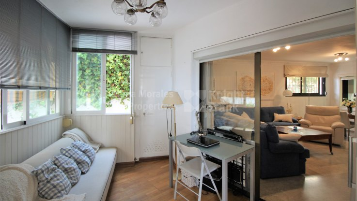 Property on the first line of the beach - Apartment for sale in Marbella Centro, Marbella city