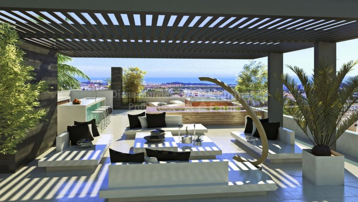 Duplex penthouse with solarium and sea views - Duplex Penthouse for sale in Puerto del Almendro, Benahavis