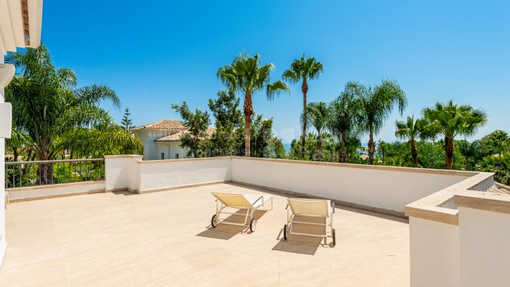 Lomas de Magna Marbella, South facing villa in the Golden Mile
