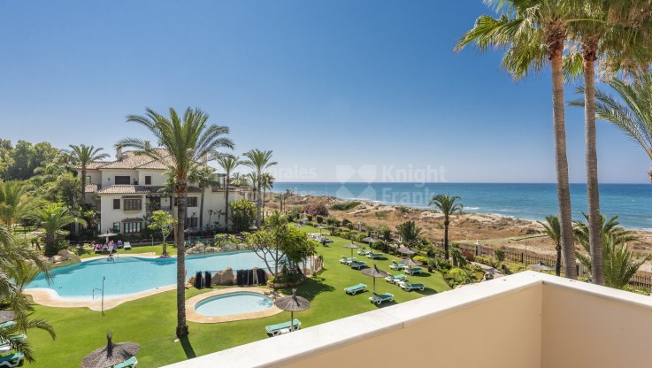 Los Monteros Playa, Desirable First Line Beach Duplex Penthouse
