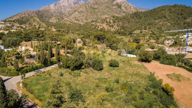 Plot for sale in Cascada de Camojan with sea views - Plot for sale in Cascada de Camojan, Marbella Golden Mile
