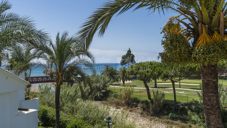 Beachside duplex penthouse - Duplex Penthouse for sale in La Reserva de los Monteros, Marbella East