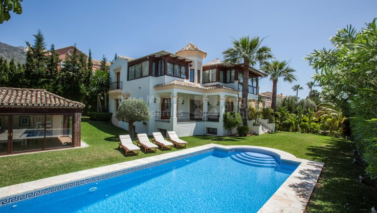 Sierra Blanca, Fine villa In prime location