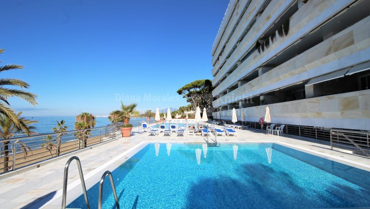 Apartment for sale in Marina Mariola, Marbella Golden Mile