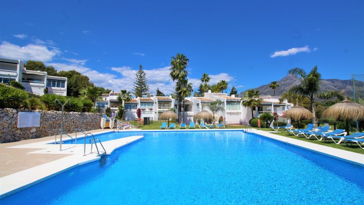 Nueva Andalucia, Lovely golf property