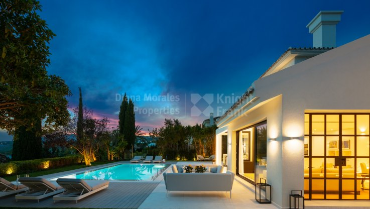 Charming villa in the Naranjos Golf - Villa for sale in Los Naranjos Golf, Nueva Andalucia