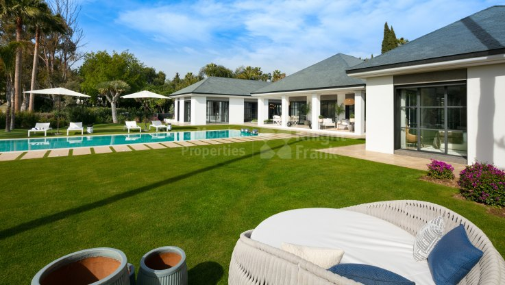Frontline golf course villa - Villa for sale in Las Brisas, Nueva Andalucia